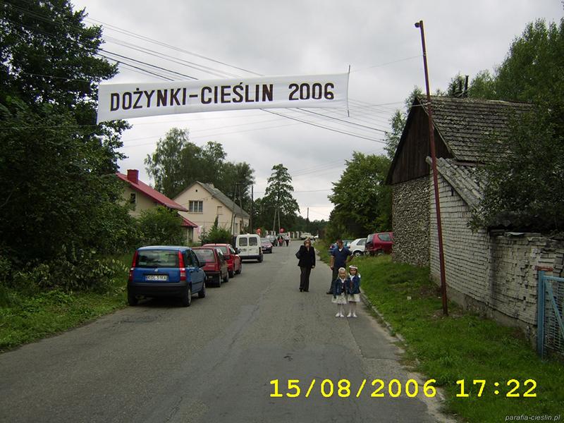 """Dożynki Gminne """"Cieślin 2006"""" (15.08.2006) [030]"""