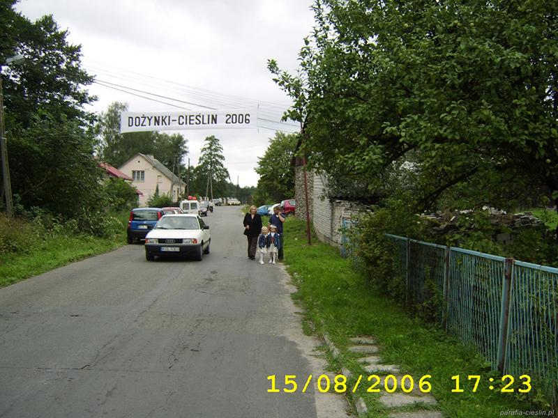"""Dożynki Gminne """"Cieślin 2006"""" (15.08.2006) [031]"""