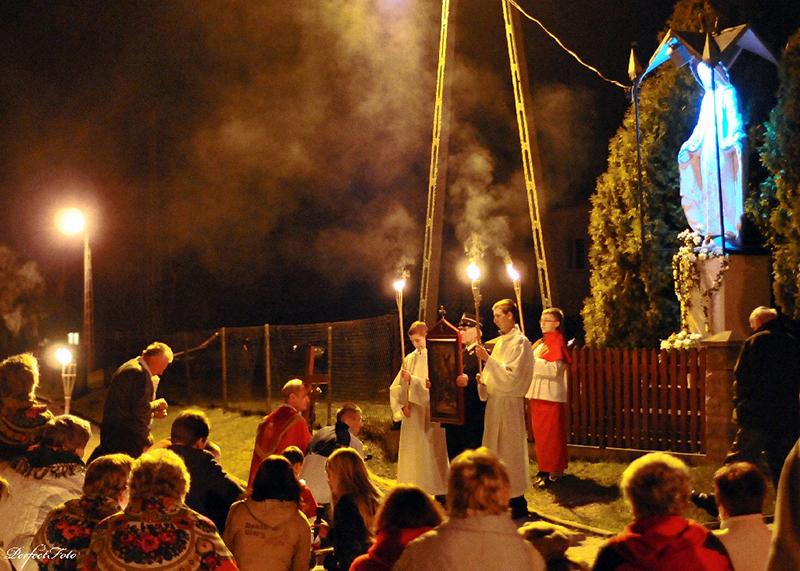 """Droga Krzyżowa """"Na Stawach"""" 2009 r. (10.04.2009) [001]"""