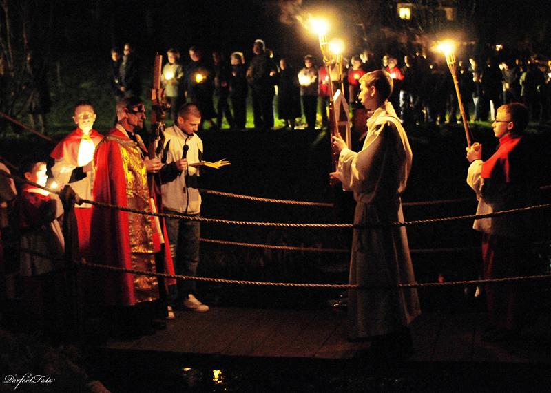 """Droga Krzyżowa """"Na Stawach"""" 2009 r. (10.04.2009) [008]"""