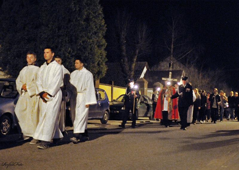 """Droga Krzyżowa """"Na Stawach"""" 2011 r. (22.04.2011) [005]"""