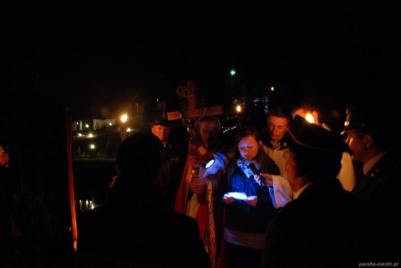 """Droga Krzyżowa """"Na Stawach"""" 2011 r. (22.04.2011) [029]"""