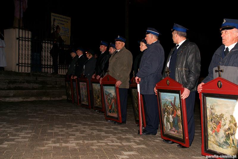 """Droga Krzyżowa """"Na Stawach"""" 2012 r. (06.04.2012) [007]"""