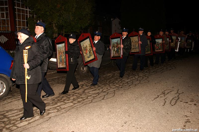 """Droga Krzyżowa """"Na Stawach"""" 2012 r. (06.04.2012) [013]"""