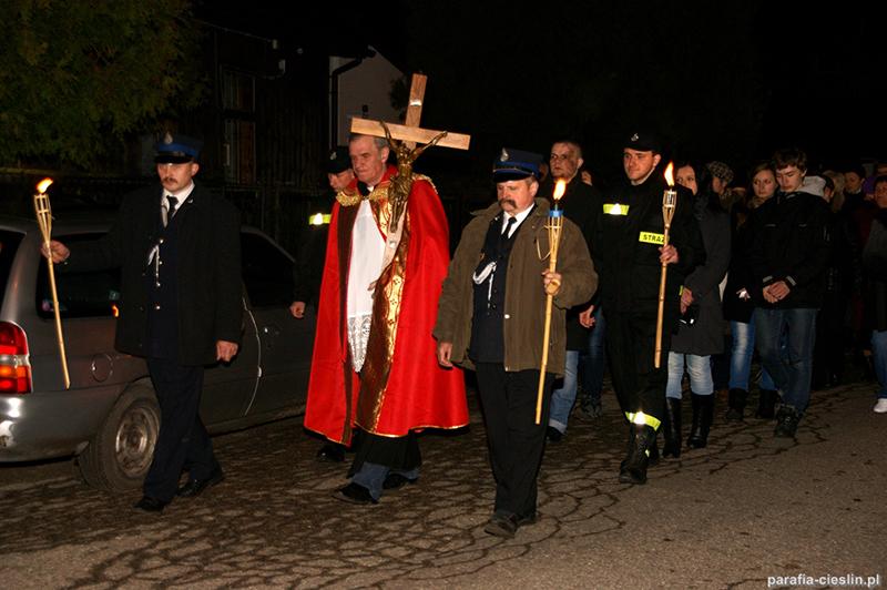"""Droga Krzyżowa """"Na Stawach"""" 2012 r. (06.04.2012) [015]"""