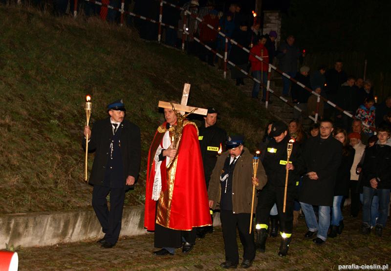 """Droga Krzyżowa """"Na Stawach"""" 2012 r. (06.04.2012) [018]"""