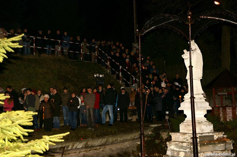 """Droga Krzyżowa """"Na Stawach"""" 2012 r. (06.04.2012) [022]"""