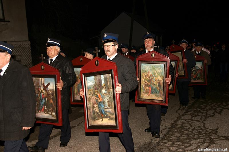"""Droga Krzyżowa """"Na Stawach"""" 2012 r. (06.04.2012) [059]"""