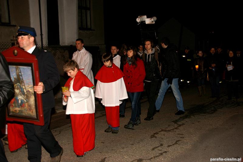 """Droga Krzyżowa """"Na Stawach"""" 2012 r. (06.04.2012) [061]"""