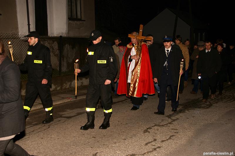 """Droga Krzyżowa """"Na Stawach"""" 2012 r. (06.04.2012) [062]"""