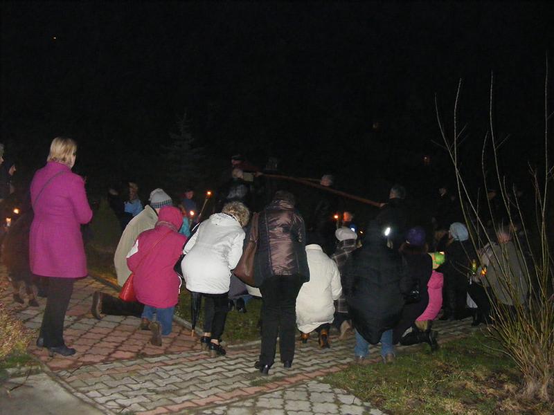 """Droga Krzyżowa """"Na Stawach"""" 2015 r. (27.03.2015) [010]"""