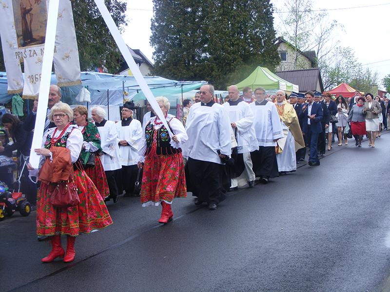 Odpust Parafialny św. Stanisława BM oraz 25 lecie kapłaństwa Księdza Proboszcza (08.05.2016) [078]