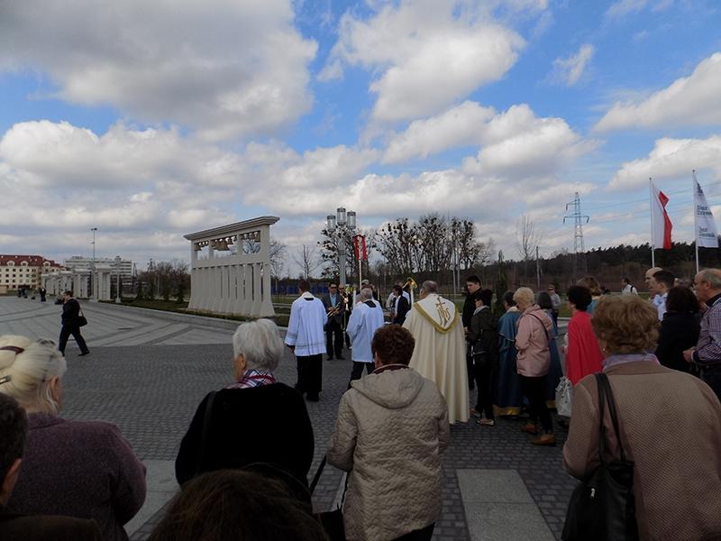Pielgrzymka Diecezji Sosnowieckiej do Sanktuarium NMP Gwiazdy Nowej Ewangelizacji i św. Jana Pawła II w Toruniu (14.04.2018) [013]