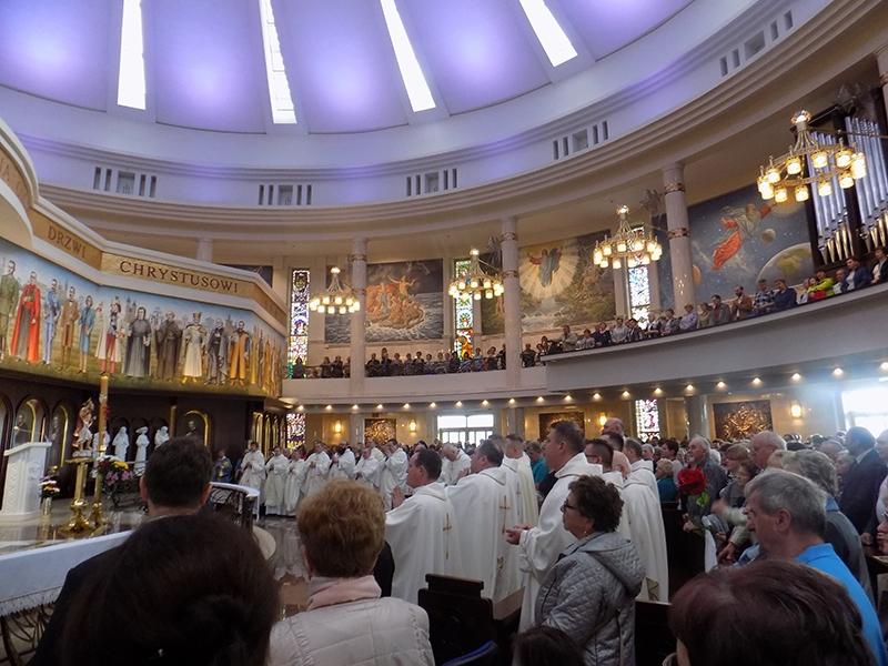 Pielgrzymka Diecezji Sosnowieckiej do Sanktuarium NMP Gwiazdy Nowej Ewangelizacji i św. Jana Pawła II w Toruniu (14.04.2018) [027]
