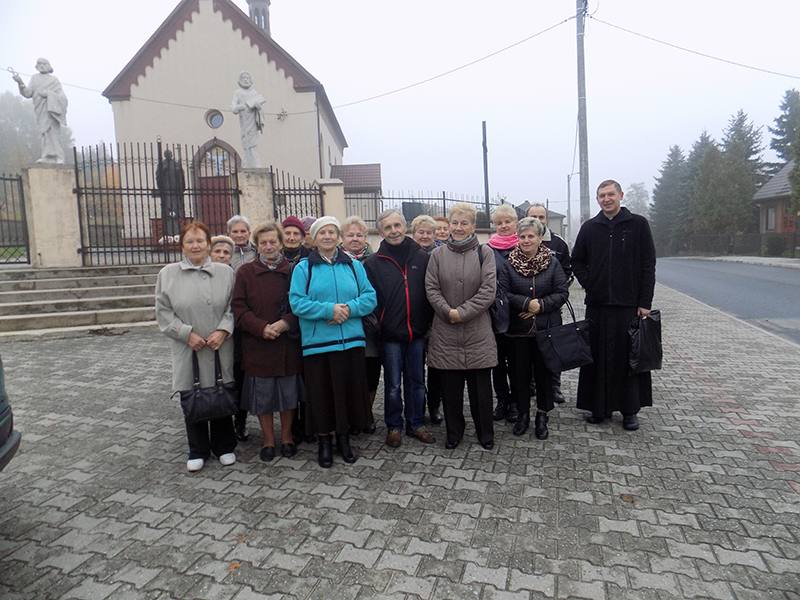 Pielgrzymka do Drzwi Świętych w Bazylice NMP Anielskiej w Dąbrowie Górniczej (22.10.2016) [002]