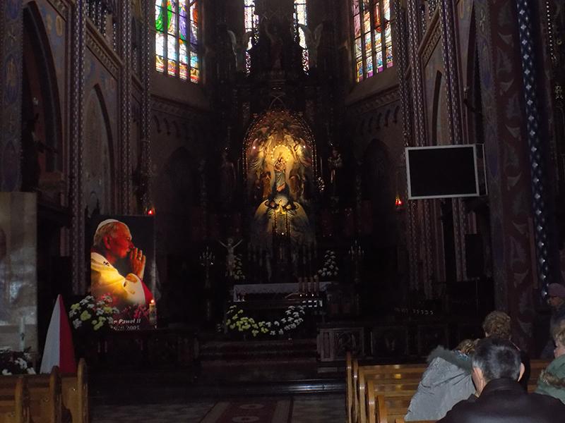 Pielgrzymka do Drzwi Świętych w Bazylice NMP Anielskiej w Dąbrowie Górniczej (22.10.2016) [009]