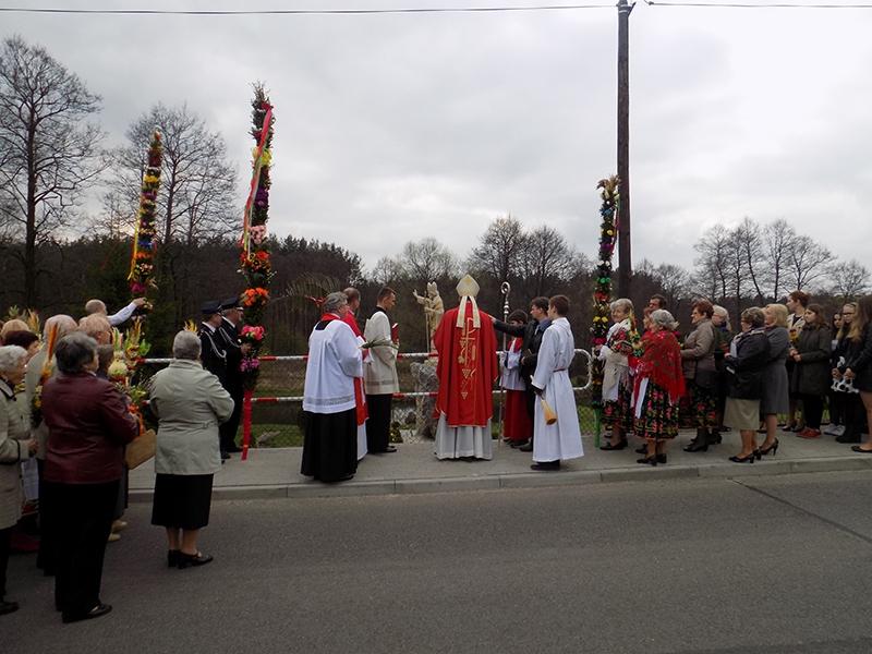 Wzniesienie i poświęcenie figury św. Stanisława BM [014] (09.04.2017)