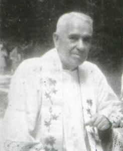 ks. Julian Lisowski