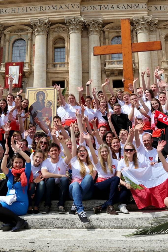 Przekazanie symboli ŚDM - Rzym - Niedziela Palmowa 13.04.2014 r.