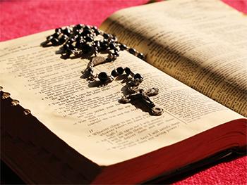 """""""Proszę was, odmawiajcie różaniec. …"""" [św. Jan Paweł II]"""